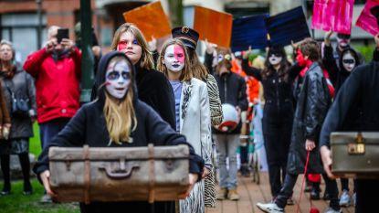 IN BEELD. Leerlingen De Studio brengen werk van James Ensor tot leven