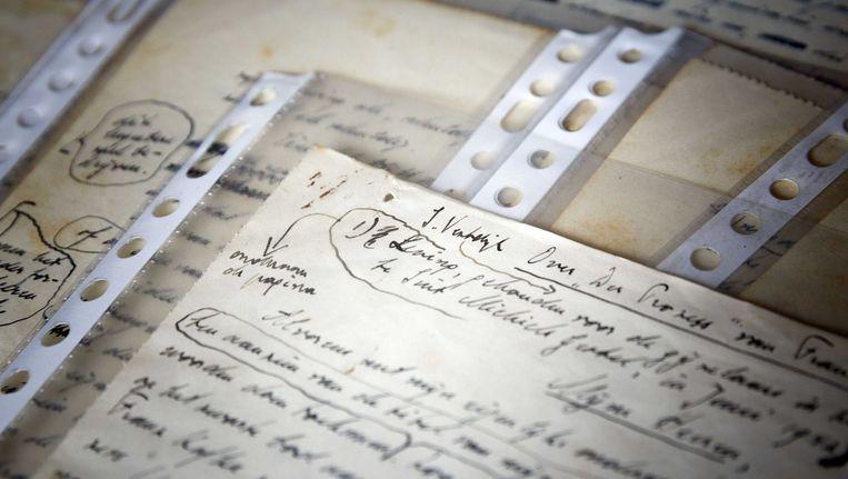 Pagina's uit een manuscript van Simon Vestdijk Beeld anp
