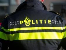 Politie zet beelden pinpasdief Varsseveld online