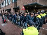Demonstranten intocht Den Bosch: 'Blijf van de traditie af'