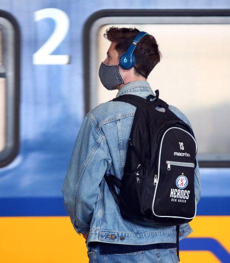 Tielenaar krijgt geen vrijstelling: toch mondkapje dragen in bus en trein