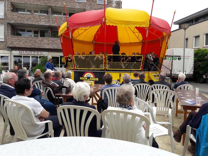 Feestelijke optredens ter gelegenheid van het 120-jarig bestaan van Fanfare Wilhelmina in Groesbeek.