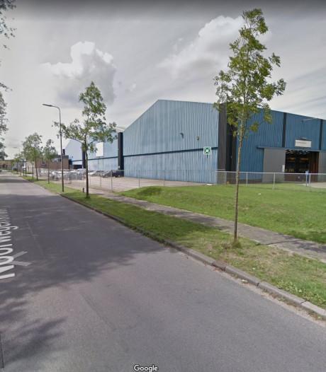 Noorwegenstraat in Deventer dicht: weg verzakt door lekkende putten