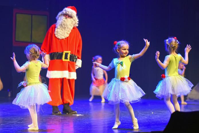 De kerstspecial was een van de succesverhalen van het afgelopen seizoen in de Nieuwe Nobelaer