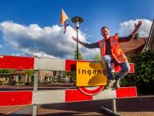 Marktmeester heeft handen vol aan grote Oranjebraderie in Diepenveen