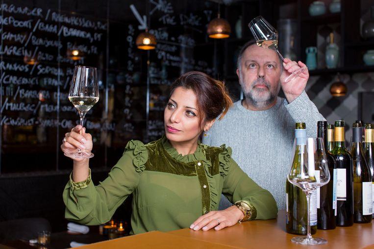Onze vaste wijnkenners Sepideh Sedaghatnia en Frank Van der Auwera worstelden zich door 100 festivalwijnen op zoek naar de allerbeste prijs-kwaliteitsverhouding. Dat leverde dit jaar liefst zeven absolute toppers op.