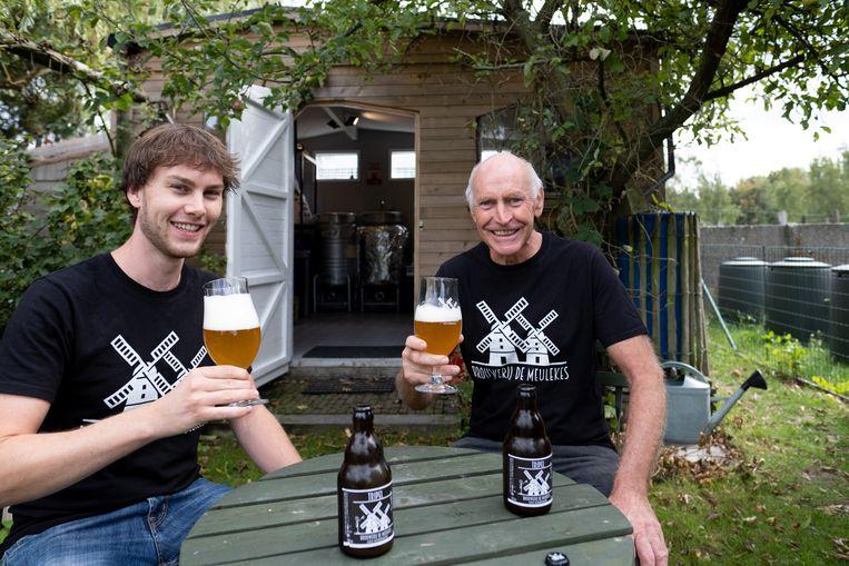 Bart en Wig Meulepas van microbrouwerij De Meulekes brengen hun eigen huisbier uit.