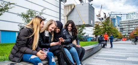 Keja, Lucelly, Maryam en Busra over liefde, vriendschap en corona: 'Online durf ik het wel'