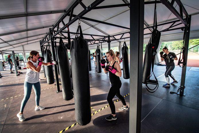 Buiten sporten in Molenhoek.