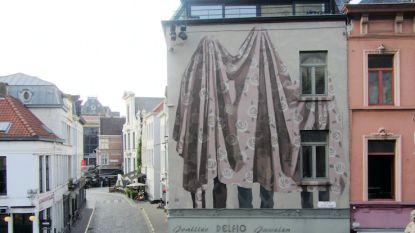 Eerste streetart muurschildering naar aanleiding van Van Eyck-jaar
