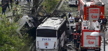 Verdachten aangehouden na bomaanslag in Istanbul