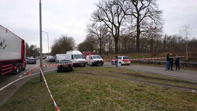 Veel recherche bij de plaats waar een man is doodgeschoten in Schaijk.