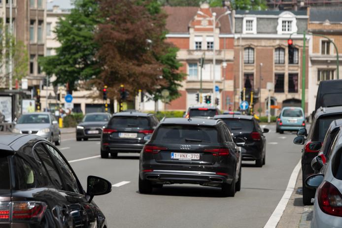 Tijdens de spits werden in de Generaal Lemanstraat zo'n 1.500 wagens op één uur geteld.