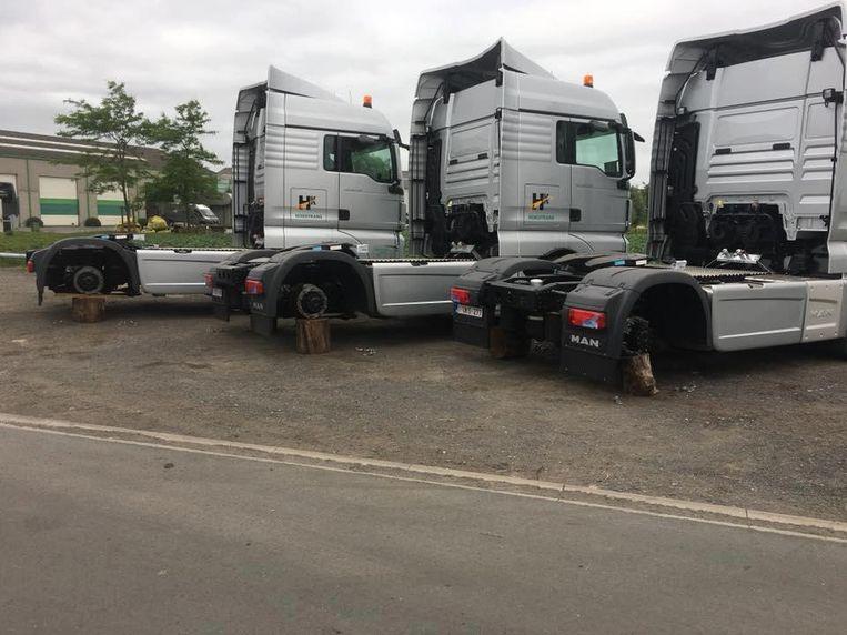 In totaal werden 24 vrachtwagenwielen gestolen, goed voor 19.000 euro.