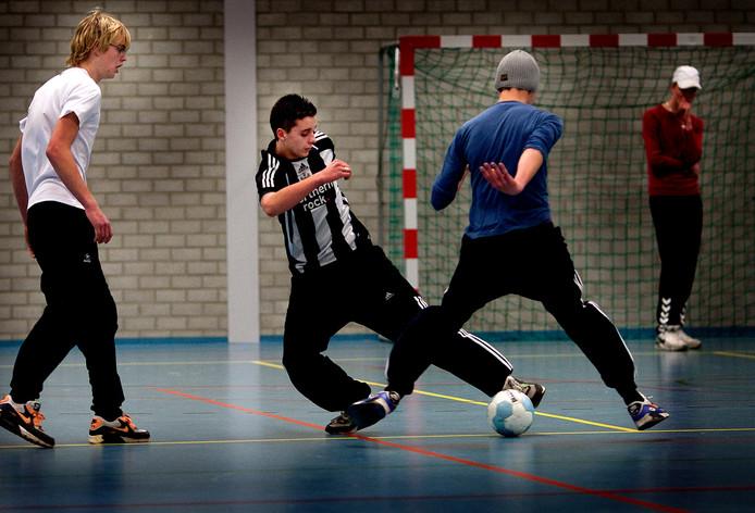 Lokale sportclubs morgen 10.000 euro verdelen.