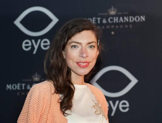 Schrijfster Hanna Bervoets.
