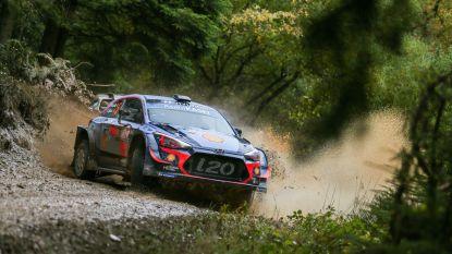 Ogier aan de leiding in turbulente Rally van Wales, Neuville moet hopen op geste van ploegmaat