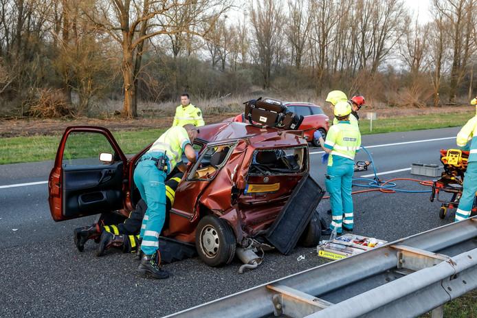 Ongeluk op de A59 bij Waspik.