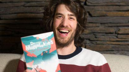 """Leerkracht Han Lasseel (28) lanceert tweede boek voor kinderen die niet graag lezen: """"Actie, geen ellenlange beschrijvingen en niet te dik. Dat is het recept"""""""