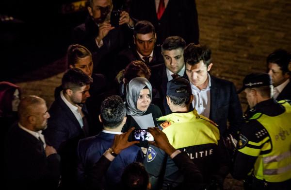 **Nederland en Turkije herstellen diplomatieke betrekkingen**