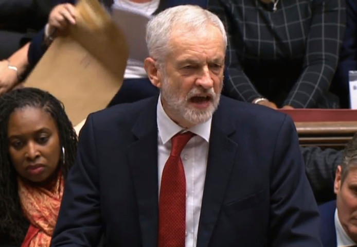 Labour-leider Jeremy Corbyn diende de motie in.