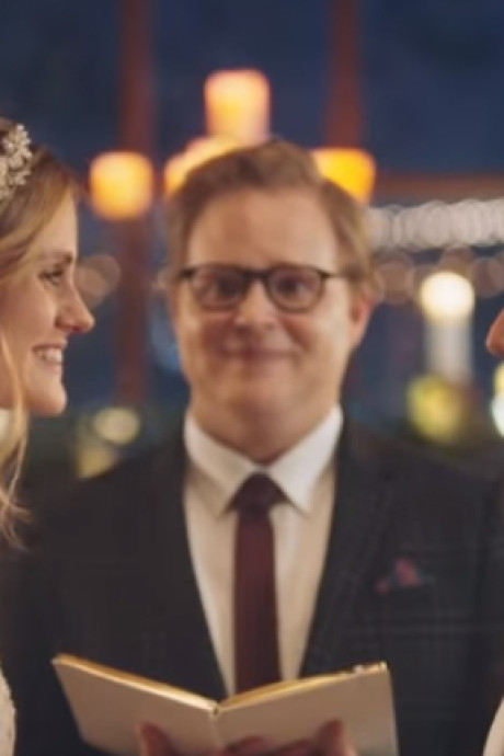 Tv-zender draait ban op reclame over huwelijk twee vrouwen na berg kritiek terug