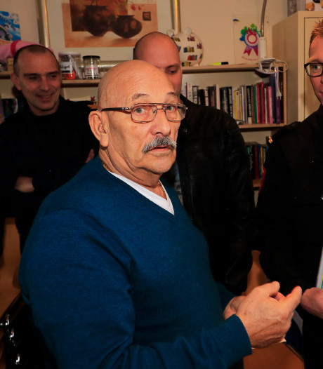 Just de Goeij (69) oog in oog met redders die hem 45 minuten lang reanimeerden