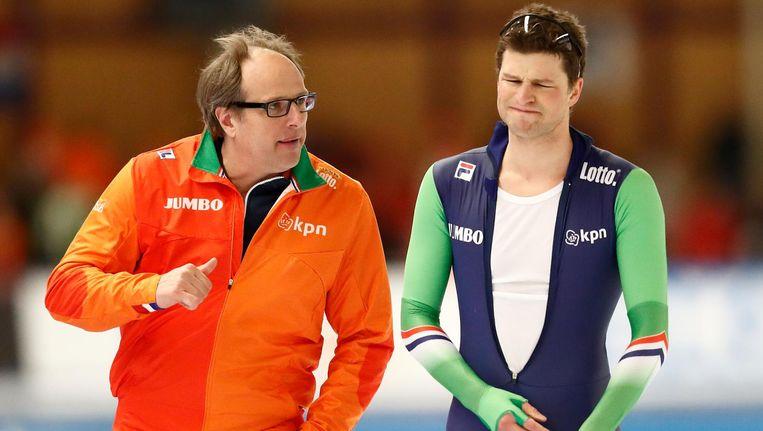 Jac Orie (hier met Sven Kramer) is schaatscoach bij Team Lotto-Jumbo. Beeld anp