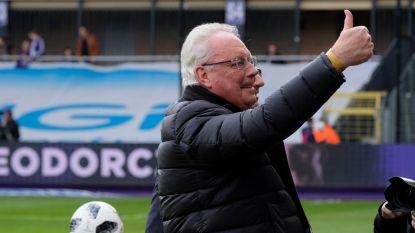 Football Talk. Hartoperatie voor Roger Vanden Stock - Anderlecht krijgt 1.000 euro boete voor kwetsende gezangen
