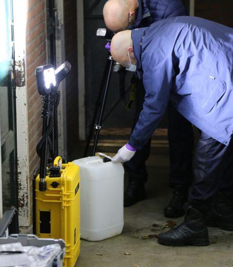 Politie vindt berging vol drugsgerelateerde materialen aan Palestrinaweg in Den Haag