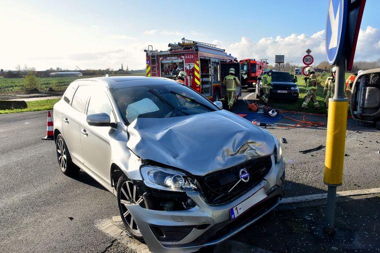 Ook de Volvo XC60 liep behoorlijk wat schade op.