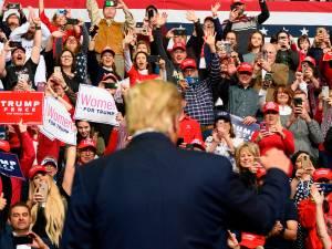 Trump a acheté tout l'espace publicitaire sur YouTube le jour des élections
