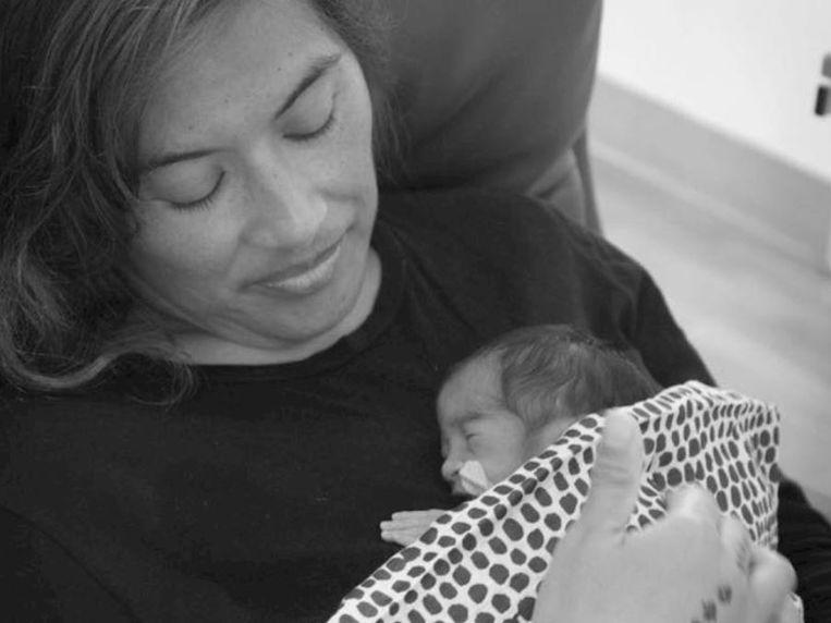 Diana en haar babydochtertje Brooklyn.