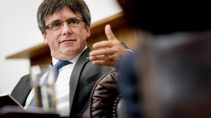 """Puigdemont opent tentoonstelling over Catalaanse strijd in Vlaams Parlement: """"Opnieuw een grote merci voor Vlaanderen"""""""