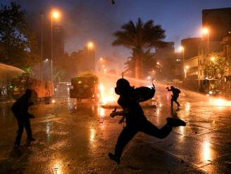 Rellen en plunderingen in Chileense hoofdstad nadat vreedzame demonstratie uit de hand loopt