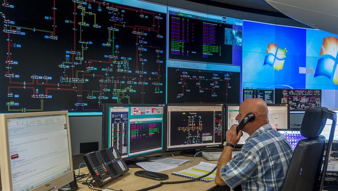 De controlekamer van Liander, de grootste netwerkbeheerder van gas en elektriciteit in Nederland.
