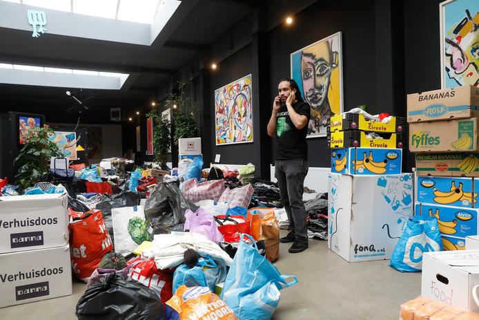 Met de actie 'Make St. Maarten great again' wil een groep Rotterdammers steun betuigen aan de getroffen bewoners op Sint-Maarten.