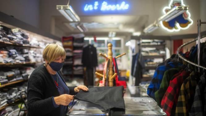 """Ingrid (72) is derde generatie die familiezaak In't Boerke uitbaat: """"Klanten vinden het leuk raad te krijgen van een 'ouw doos' zoals ik"""""""