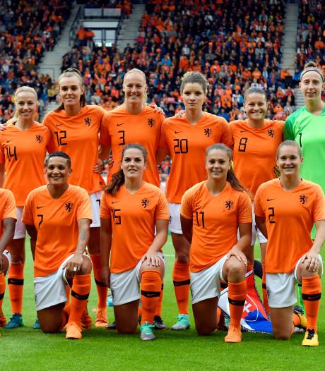Leeuwinnen zonder Van der Gragt tegen Denemarken
