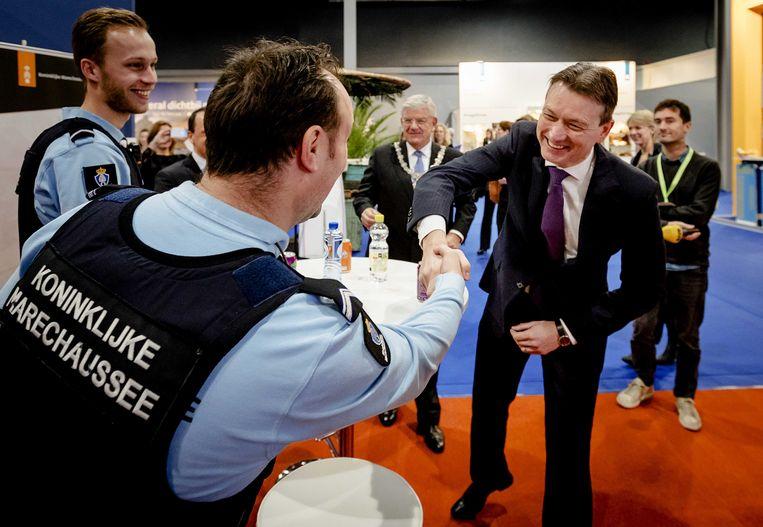 Minister Zijlstra opent de Vakantiebeurs in de Jaarbeurs op 9 januari. Beeld ANP