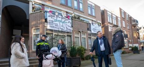 Bewoners van Rotterdamse straat zijn drugsoverlast spuugzat: 'Poep zit hier aan de muur'