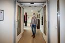 Wijnie Nieboer, regieverpleegkundige in De Borkel in Gorssel: de deuren van de dementie-afdeling zitten niet langer meer op slot.