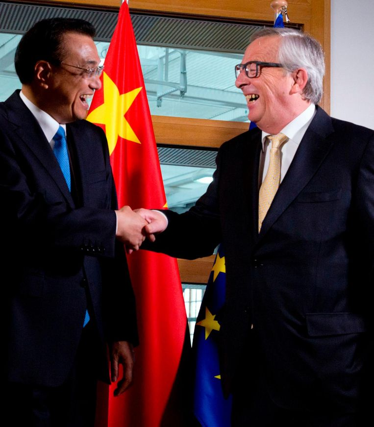 De Chinese premier Li Keqiang en EU-president Juncker ontmoetten elkaar vandaag in Brussel. Beeld afp