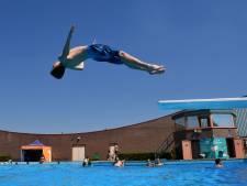 Almelose raadsleden willen mooi en attractief binnenbad, maar of baantjeszwemmers ook een buitenbad krijgen?