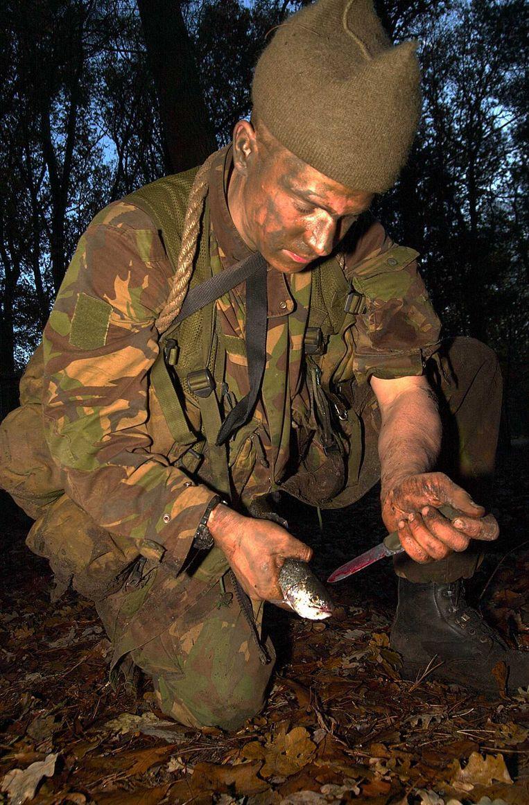 Gijs Tuinman tijdens een commando-opleiding in 2001. Beeld ANP