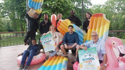'School is out': jongeren vieren einde van de examens in Leopoldpark