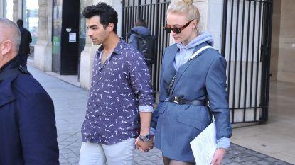 Liet Joe Jonas portret van Sophie Turner op z'n arm tatoeëren?