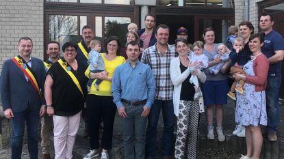 Huis van het Kind organiseerde babyborrel op het gemeentehuis