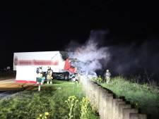 Man (47) uit Putten omgekomen bij frontale botsing met vrachtwagen bij Beneden-Leeuwen