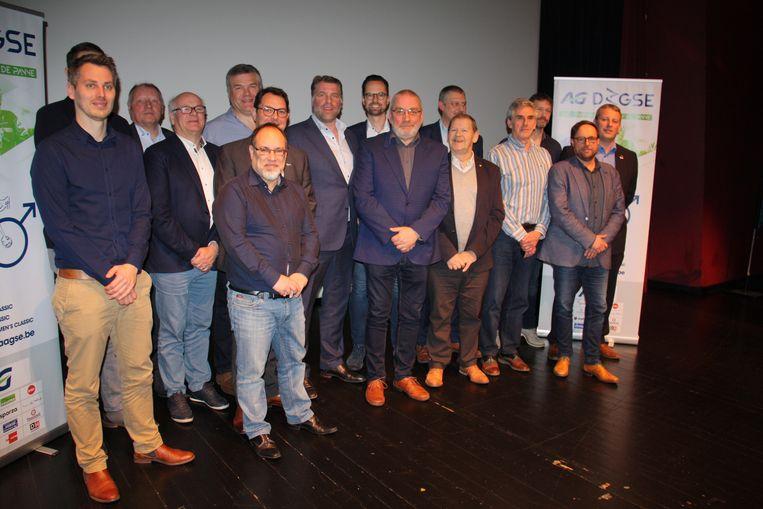 Veloclub De Panne Sportief stelt de AG Driedaagse Brugge-De Panne voor. Veurne is voor het eerst partner